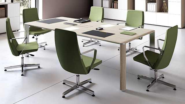 Прямоугольный стол для переговоров Iulio